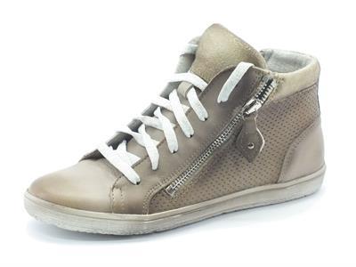 Articolo Sneakers Easy'nRose in pelle beige con lampo e lacci