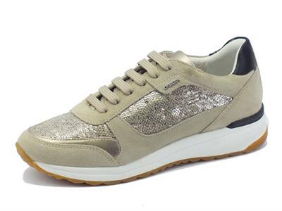 Sneakers Geox per donna in camoscio taupe con paiettes bronzo