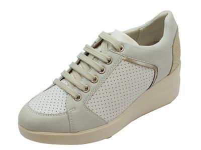 Articolo Sneakers Geox per donna in pelle e sintetico bianco zeppa alta