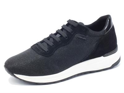 Articolo Sneakers Geox per donna in tessuto nero effetto brillantinato