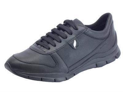Articolo Sneakers Geox Sukie per donna in pelle nera leggerissima