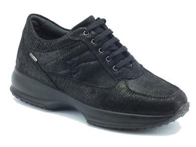 Articolo Sneakers Igi&Co per donna in camoscio nero effetto lamellato nero