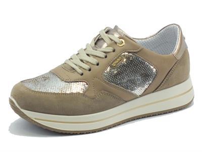Articolo Sneakers Igi&Co per donna in camoscio visone con paiettes argento
