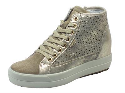 Articolo Sneakers Igi&Co per donna in pelle colore nuvolato perlato beige con zeppa