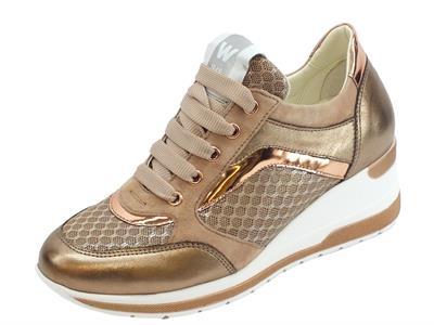 Sneakers Melluso Walk Techno in pelle e tessuto colore cannella zeppa alta
