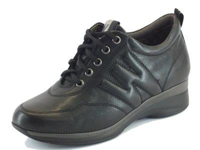 Articolo Sneakers Melluso Walk Techno per donna in pelle nera zeppa media