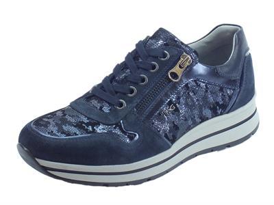 Articolo Sneakers NeroGiardini per donna camoscio blu e pelle satinata blu con lacci e lampo