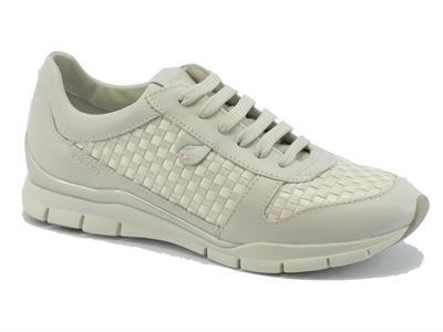 Sneakers per donna Geox in pelle bianca e tessuto intrecciato bianco