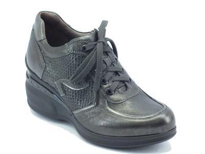 Articolo Sneakers per donna NeroGiardini in pelle grigio antracite con zeppa