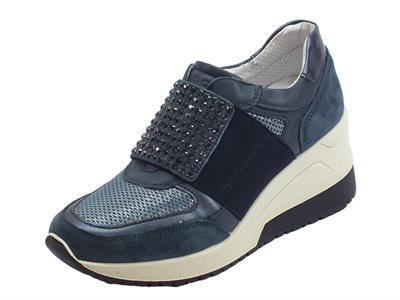 Articolo Sneakers senza lacci Igi&Co per donna in scamosciato e tessuto blu zeppa alta