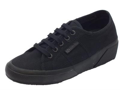 Articolo Sneakers Superga modello classico per donna in tessuto nero zeppa interna