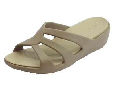 Ciabatte Crocs per donna Ssanrah Strappy Wedge in gomma beige