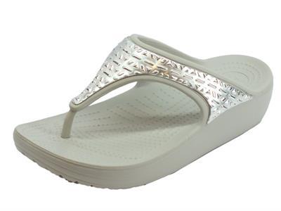 Infradito Crocs per donna Sloane Graphics in gomma grigio e cromato argento