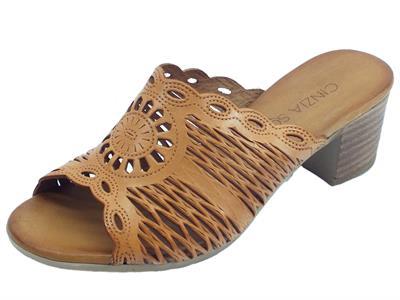 Articolo Cinzia Soft sandali scalsati per donna in pelle laserata colore tanganica tacco medio