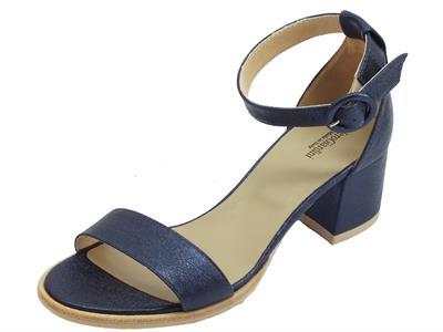 Articolo NeroGiardini P908256D Rock Sand 2238 Ocean sandali tacco basso in pelle blu
