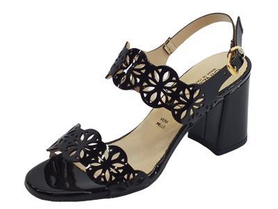 Articolo Cinzia Soft sandali con tacco alto per donna in vernice laserata nera
