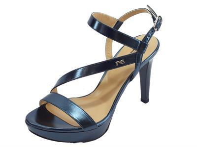 Articolo NeroGiardini P908472DE Laminato Oceano sandali eleganti tacco alto in pelle laminato blu
