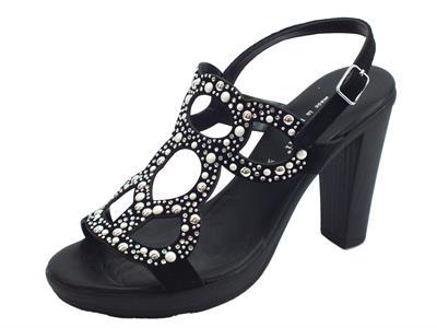 50cb15d828c46 Articolo Sandali eleganti Mercante di Fiori in camoscio nero strass e  borchiette bianche tacco alto