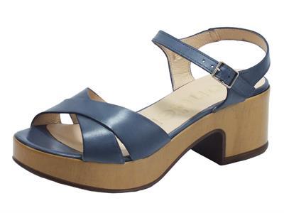 Articolo Wonders D-8801 Pergamena Baltic Sandali per Donna in pelle blu cobalto tacco medio effetto legno