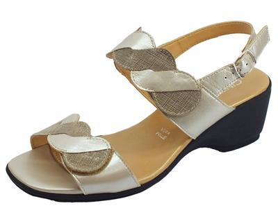 Articolo Cinzia Soft sandali comodi in pelle e saffiano beige e rame doppio stretch