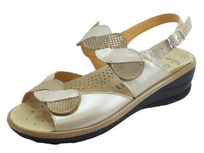 Articolo Cinzia Soft sandali comodi in pelle e scamosciato beige e rame fondo antiscivolo