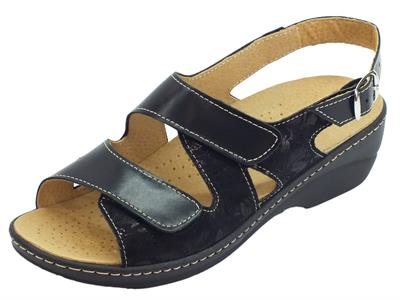 Articolo Cinzia Soft sandali linea comoda pelle e tessuto nero doppio stretch sottopiede pelle