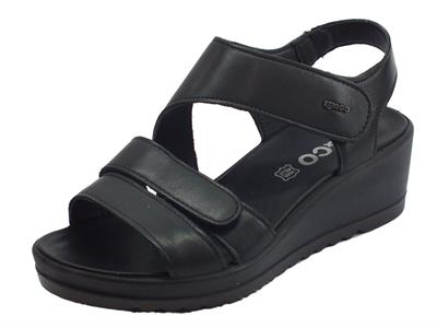 Articolo Igi&Co sandali donna in pelle nero doppia chiusura a strappo zeppa media