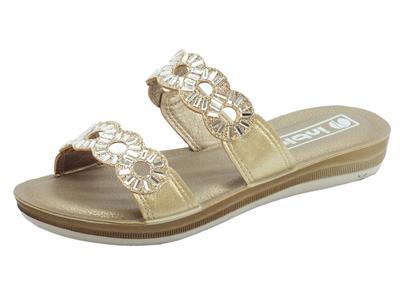 Articolo InBlu sandali per donna InBlu platino con zeppa bassa