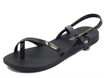 Articolo Ipanema 82842 Fashion Sand VIII Black Gold Sandali Infradito per Donna in caucciù