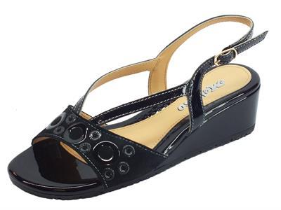 Melluso sandali in pelle nero con zeppa bassa fibbietta laterale
