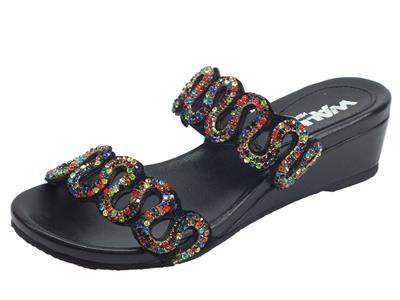 Articolo Melluso Walk sandali per donna pelle nera con brillanti multicolore zeppa bassa