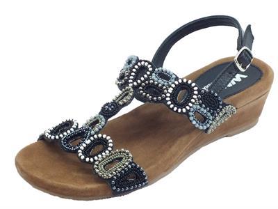 Melluso Walk sandali per donna pelle nera con pietre multicolore zeppa bassa