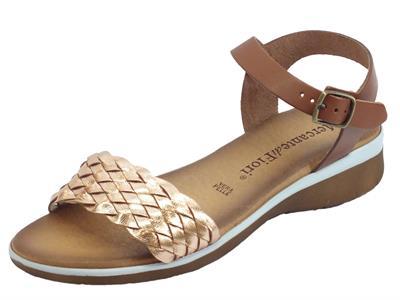 Articolo Mercanti di Fiori sandali per donna zeppa bassa con corda in pelle intrecciata laminato cipria