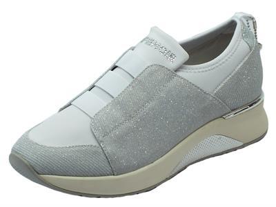 Sneakers SlipOn CafèNoir per donna in tessuto glitterato grigio con calzata rapida