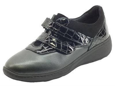 Articolo Cinzia Soft IM52027VV Nero Sneakers Confort per Donna in pelle con doppia chiusura a lampo