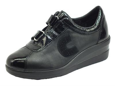 Articolo Cinzia Soft IV13899 Black Sneakers confort per Donna in pelle e vernice con doppio strappo
