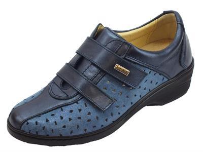 Articolo Sneakers Susimoda linea conform in pelle e nabuk blu doppio strappo