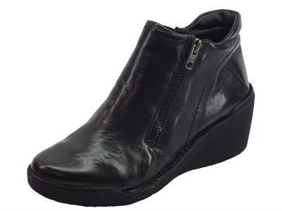 Tronchetti Easy'nRose per donna in pelle egeo nera con lampo ed elastico zeppa alta