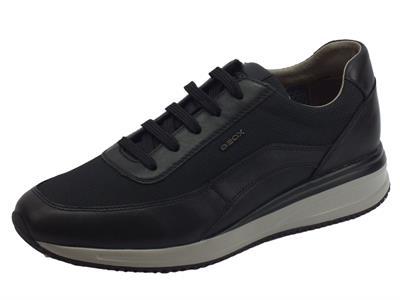 Articolo Geox U Dennie sneakers uomo in pelle e tessuto nero sottopiede estraibile