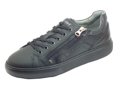 Articolo NeroGiardini I001802U Gommato Helsinki Nero Sneakers per uomo in pelle gomma con lacci lampo