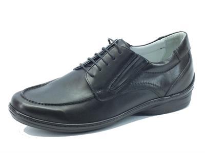 Scarpe NeroGiardini Classic per uomo in pelle nera con lacci ed elastici
