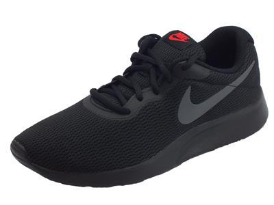 Articolo Scarpe sportive Nike Tanjun per uomo in tessuto nero