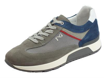 Articolo Scarpe sportive per uomo NeroGiardini in camoscio grigio, taupe e blu
