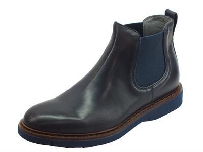 Articolo NeroGiardini A901171U Neopolis Blu scarponcini modello beatles in pelle blu con elastici laterali